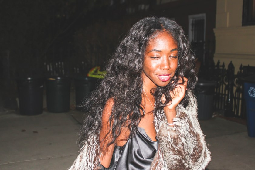 nneya-richards-nye2016-fur-outside-close-up